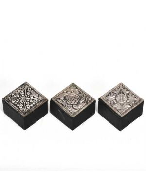 R Expo Usa Song Of India White Metal Boxes Boxes